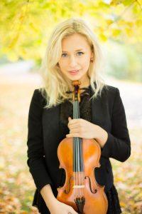 Rosa Hartley violinist