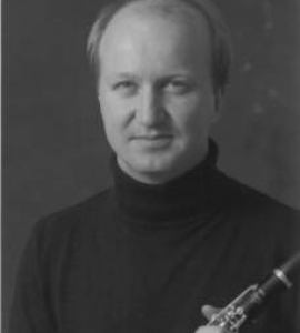 Keith MacLeod – clarinet