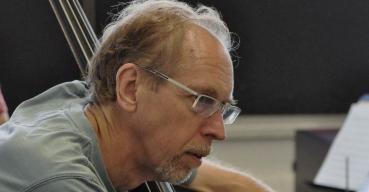 Neil Swainson – Bass