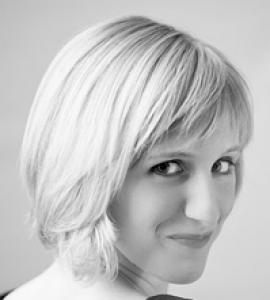 Aurora Scott- Singer