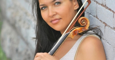 Meredith Riley – Violin